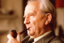 Exclusive Cover Reveal: Tolkien Calendar 2017
