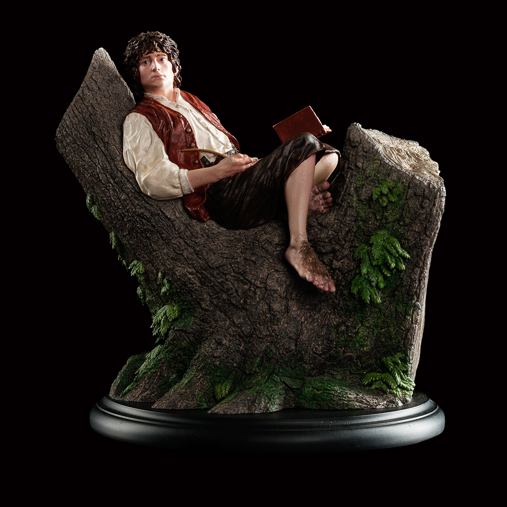 'Frodo Baggins Miniature Figure.' Image credit: Weta Workshop.